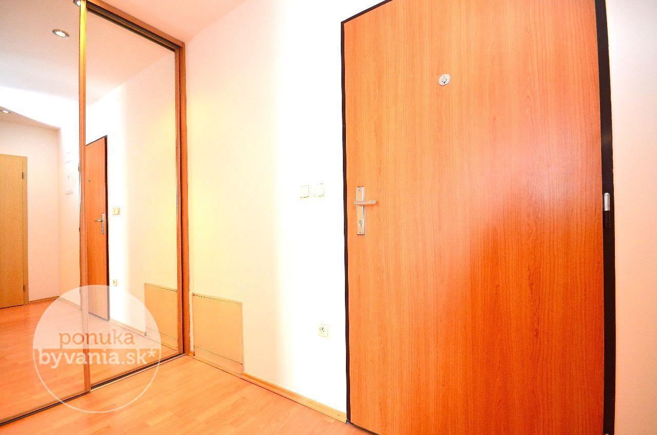 ponukabyvania.sk_Tupého_2-izbový-byt_KOVÁČ