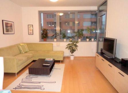 STARBROKERS - prenájom moderného 2-izbového bytu v novostavbe s parkingom, Karloveské Rameno, Karlova Ves, Bratislava