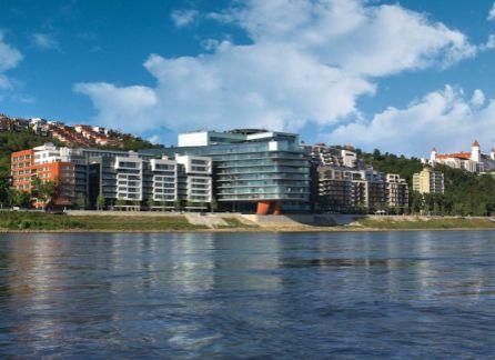 STARBROKERS - prenájom luxusného 4-izbového mezonetového bytu v komplexe RIVER PARK, Bratislava - Staré Mesto