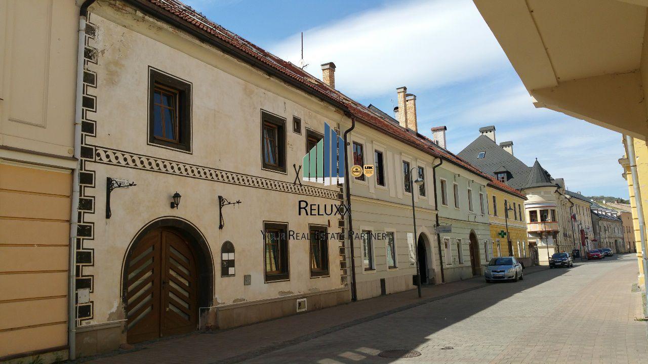Administratívny objekt-Predaj-Banská Bystrica-668000.00 €