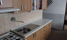 Priestranný 4 izbový byt v Kežmarku.