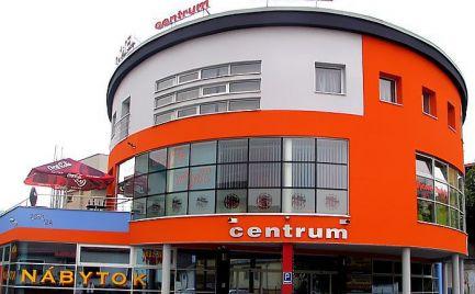 Hotel v centre Čadce na predaj alebo prenájom 1700 m2