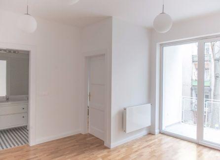 STARBROKERS – krásny kompletne zrekonštruovaný 3- izbový byt s loggiou v centre mesta
