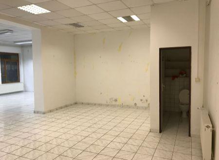 Obchodný priestor Topoľčany centrum / PRENÁJOM