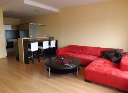 STARBROKERS – Predaj 2-izbového priestranného bytu s veľkou loggiou v blízkosti centra