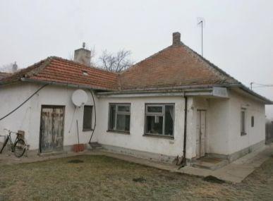 Maxfin Real - ZNOVA V PONUKE!!! Na predaj rodinný dom v Ivanka pri Nitre