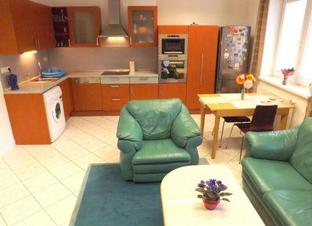 STARBROKERS - exkluzívne na predaj 3-izbový byt v novostavbe na Šustekovej ulici, Bratislava - Petržalka