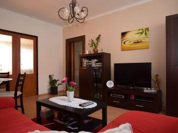 3.izb.byt, bez balkóna, pivnica - Piešťany