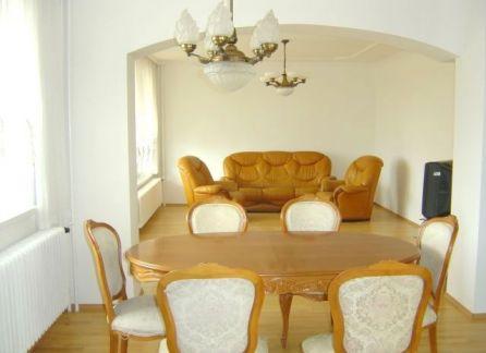 STARBROKERS - prenájom veľkého 4-izbového bytu na Kramároch, Magurská, Bratislava - Nové Mesto