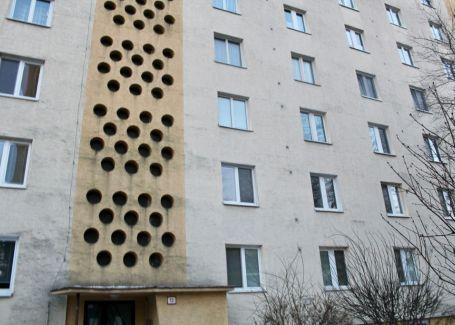 PREDANÉ - 3 izbový byt, Čsl.Parašutistov, Nové Mesto, 68m2