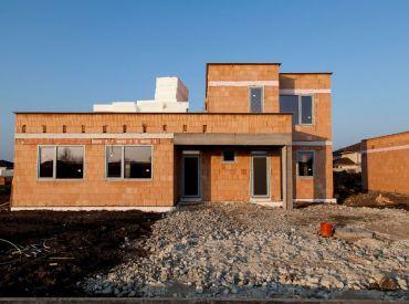 Nový projekt!Byt 98,5m2s pozemkom 420m2 neďaleko Bratislavy v obci Miloslavov za 125900,-!!!