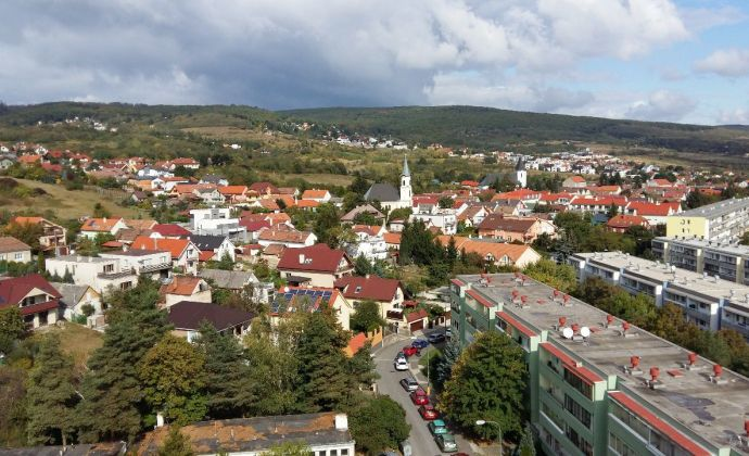 3izbový byt na predaj, Bratislava Rača, ul. Úžiny, + garáž na predaj