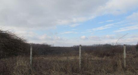 Na predaj pozemok vhodný na výstavbu rodinných domov Zlaté Moravce