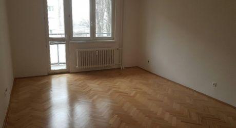 Predaj 2i prerobeného bytu s balkónom vo vyhľadávanej lokalite Ružinova