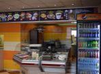 Odstúpenie prevádzky a kancelárií (alebo predaj zariadenia) rýchleho občerstvenia s Kebabom a pizzou v Košiciach