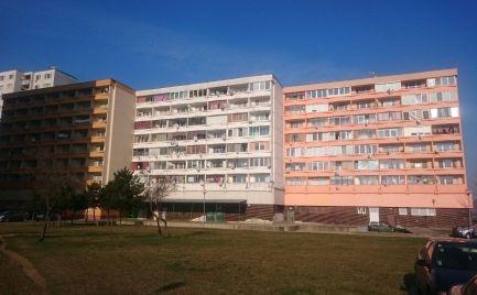 Na Predaj dvojgarsónka Bratislava - Devínska Nová Ves, ulica J. Jonáša