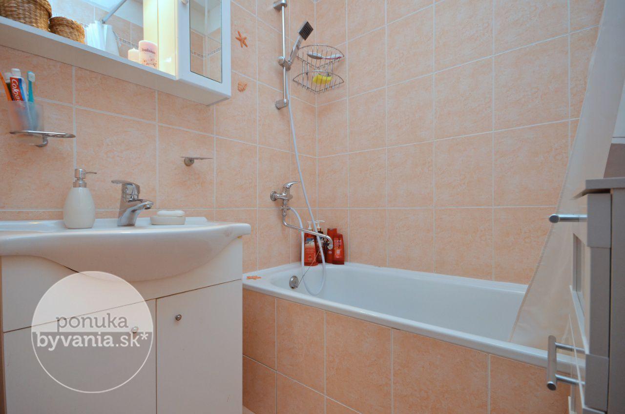 ponukabyvania.sk_Bieloruská_3-izbový-byt_archív