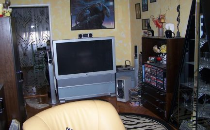 3 - izbový zrekonštruovaný zariadený byt v Rožňave