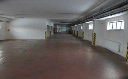 Výrobno-skladovací priestor s kanceláriami v Ružinove