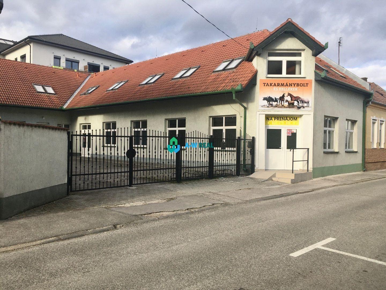 Administratívny objekt-Prenájom-Dunajská Streda-0.00 €