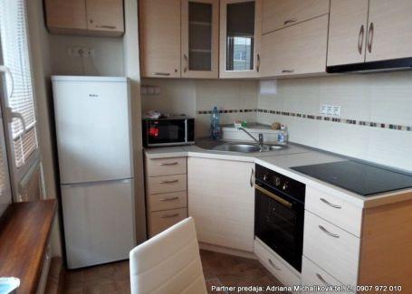 REZERVOVANÉ!!! Na predaj - nádherný, kompletne zrekonštruovaný 2-izbový.byt v Poprade
