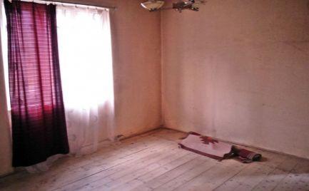 2 izbový rodinný dom Krásnohorská Dlhá Lúka