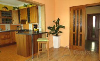 Best Real - 3-izbový byt v Petržalke na Strečnianskej ulici, 70m2, 3/4 poschodie