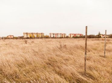 Pozemok URČENÝ NA VÝSTAVBU len 10 km od Bratislavy za 32 €/m2