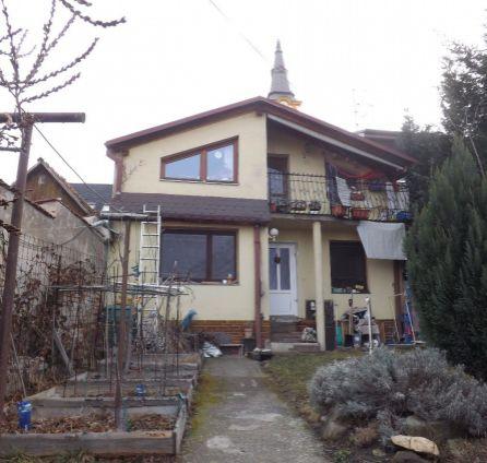 STARBROKERS - predaj 6 izbového rodinného domu  v Stupave vhodný na rekonštrukciu podľa vlastných predstáv