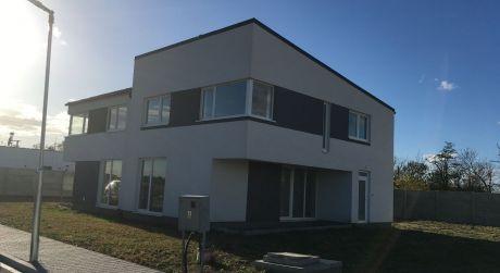 Len u nás v ponuke: Predaj rodinného domu novostavby v Dunajskej Lužnej