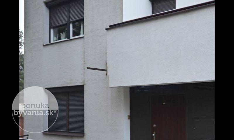 ponukabyvania.sk_Adámiho_Rodinný-dom_KOVÁČ
