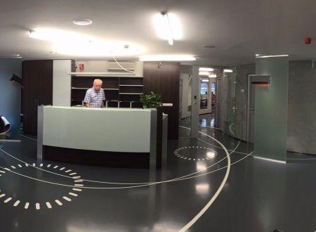 Reprezentatívne kancelárske priestory, cca 90m2, aj menšie kancelárie (30m2,28m2), Dlhé Diely, novostavba, parkovanie