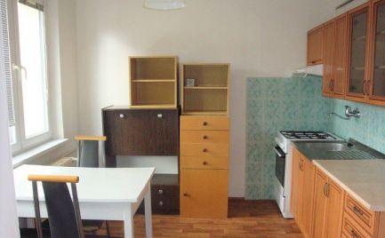1 izbový byt  s južnou orientáciou v centre Brezna-rezervovaný