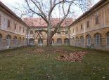 Predaj, kaštieľ Žiar nad Hronom s okolitými pozemkami - skvelá investičná príležitosť!