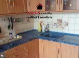 Predáme veľkometrážny 3-izbový byt s lóggiou na Nedbalovej ulici v Nitre - DOBRÁ CENA!
