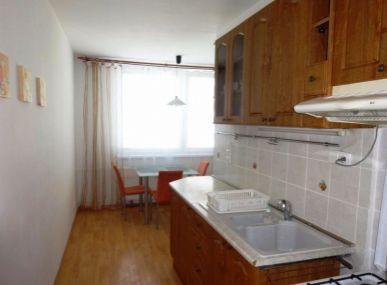 INSURIA REAL Vám ponúka na prenájom zariadený 2 izbový byt Bratislava-Ružinov,  Rezedová