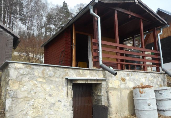 Predaj: chatka v záhradkárskej oblasti Bukov (232-13-MAH)
