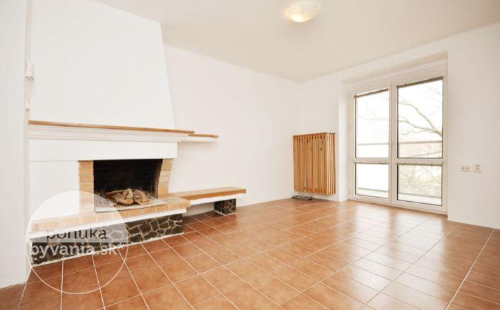 PREDANÉ - HUBENÉHO, 5-i byt, 162 m2 – veľký podkrovný byt, MEZONET, novostavba - nadstavba, vlastný KOTOL, tehla, KRB