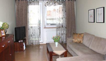 PREDANÉ: 3 izbový byt v Bernolákove s výbornou dispozíciou, Družstevná ulica, 3/3 poschodie, bez výťahu
