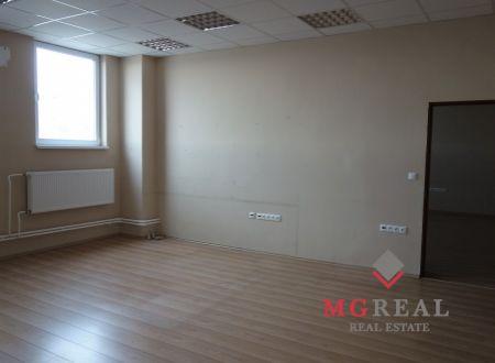 Kancelárske priestory, Bratislava, Rača, 135m2, parkovanie