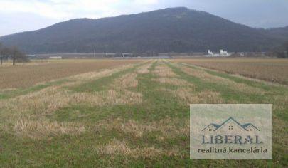 Na predaj pozemky vhodné pre výstavbu rodinných domov v obci Stožok