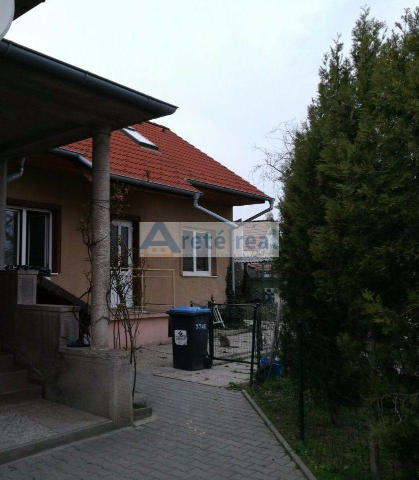 Areté real, Predaj dvojpodlažného rodinného domu vo výbornej lokalite v blízkosti centra mesta Pezinok
