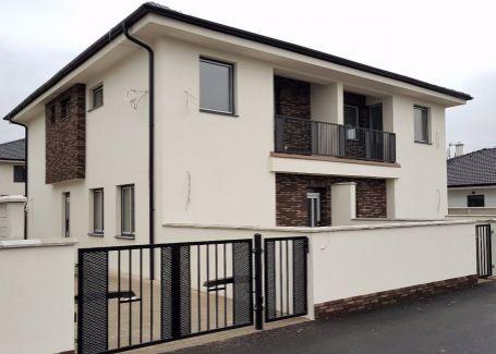 DELTA 3-izbový byt v štandarde na pozemku 250m2, SKOLAUDOVANÉ