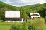 Urgentný predaj!! Predáme chatovú osadu pri Sklenených Tepliciach s 90 lôžkami v rapidne zníženej cene so zľavou 120 000 Eur!!