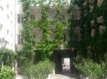 prenájom, 4-izbový nezariadený byt v úplnom centre, výťah, pavlač, pešia zóna, parking
