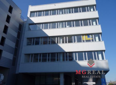 Lukratívne kancelárske priestory, Bratislava - Ružinov, Trnavská cesta, 160 alebo 80m2, átrium, parkovanie