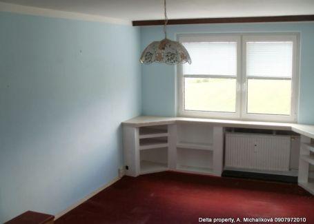 Znížená cena!!! Na predaj - dvojizbový byt na Juhu 3 s nádherným výhľadom na Tatry