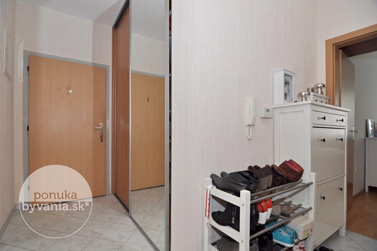 ponukabyvania.sk_Kresánkova_2-izbový-byt_BARTA