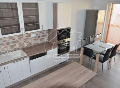 PRENÁJOM:  4 izbový byt mezonet sparkovaním, terasou, novostavba, čiastočne  zariadený, Stupava, projekt Agátky, výmera 127 m2