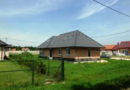 Rozostavaný 5i rodinný dom - Feketeerdő, Maďarsko